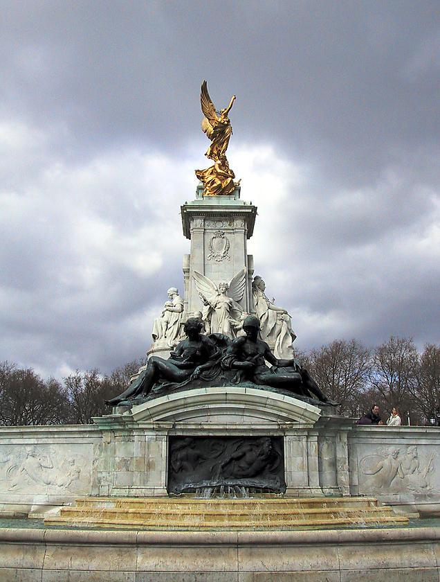 image from Monumento a la reina Victoria