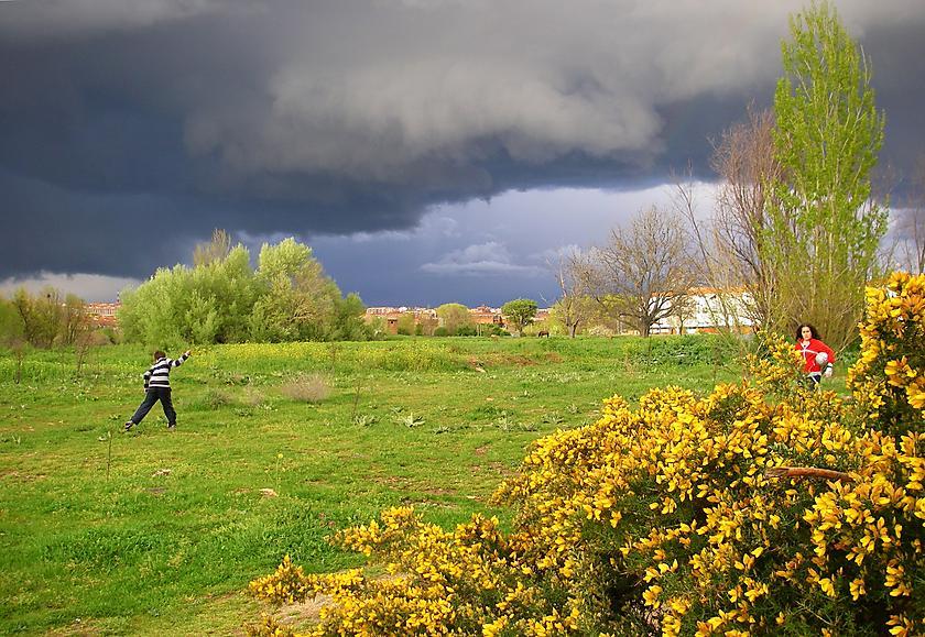 image from Como niños