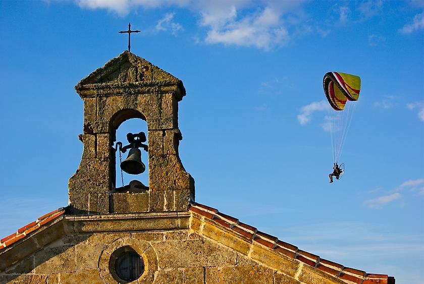 image from Sobrevolando la ermita
